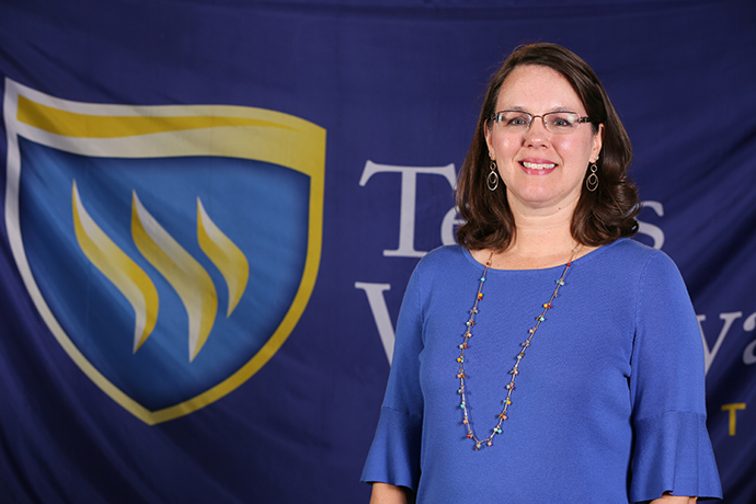 Photo of associate professor of accounting Kimberly Webb