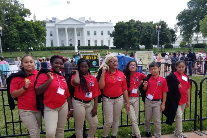 Photo of students from the TXWES/FWISD Leadership Academy Network in front of the White House in Washington, D.C.