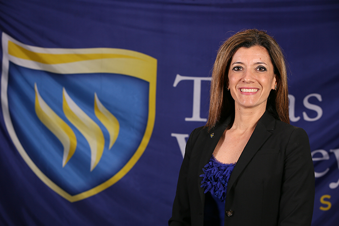 University headshot of new Leadership Academy network Senior Officer Priscila Dilley
