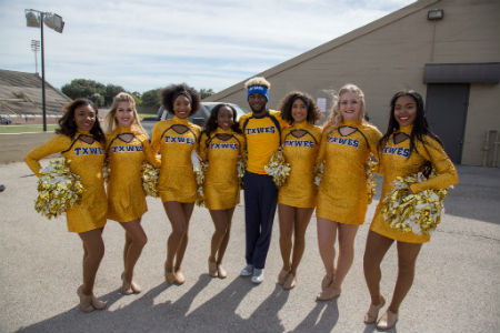 Gold Line Dancers to perform at Dallas Cowboys Thanksgiving Day halftime show