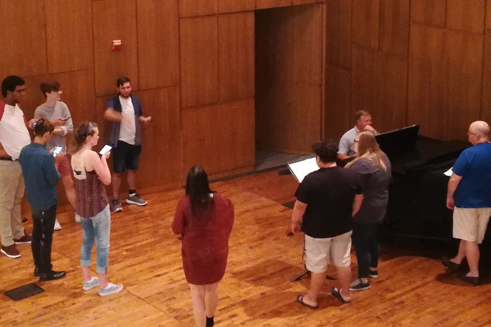 Students gather to rehearse for upcoming 2nd Annual Voice Versa Recital