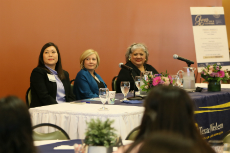 Panel of leaders at Texas Wesleyan's 2018 Women in Leadership Form