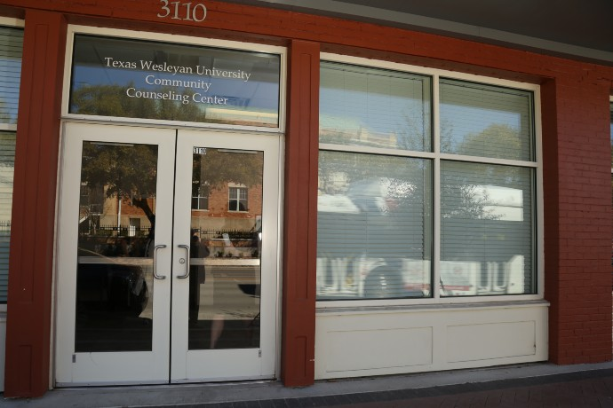 Front door of the Texas Wesleyan Community Counseling Center