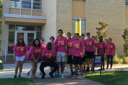 Students move in to Residence halls at Texas Wesleyan University