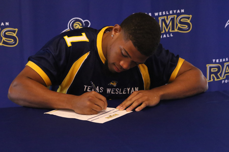 Texas Wesleyan Football Signing