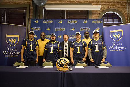 Texas Wesleyan football signs its first group of redshirt football players