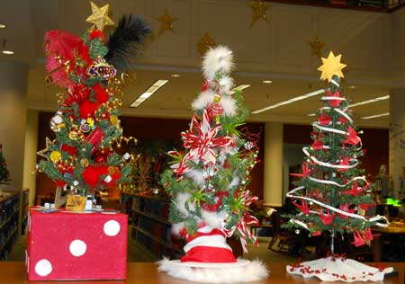 christmas tree winners 2014 - Christmas Decorating Contest